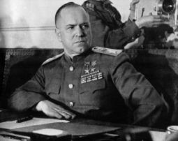 Ο Σοβιετικός στρατάρχης Γκεόργκι Κωνσταντινόβιτς Ζούκοφ